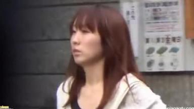 Piss Japan TV, PRETTY GIRLS NEED A PISS BREAK
