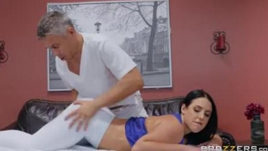 Kinky masseur turns massage into a pussy fucking fest on the table